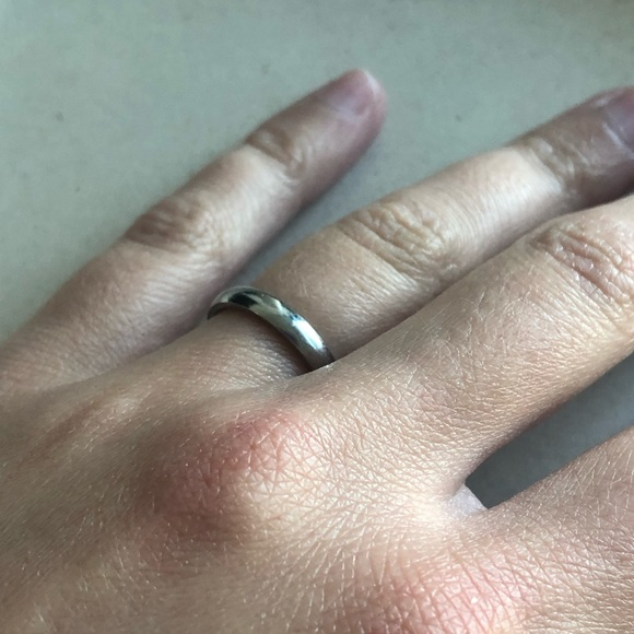 FREE with purchase - silver ring